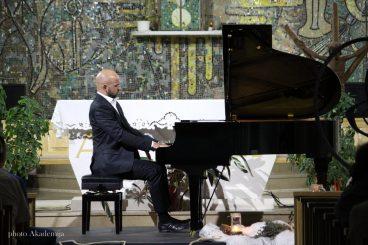Marijan Đuzel (piano)